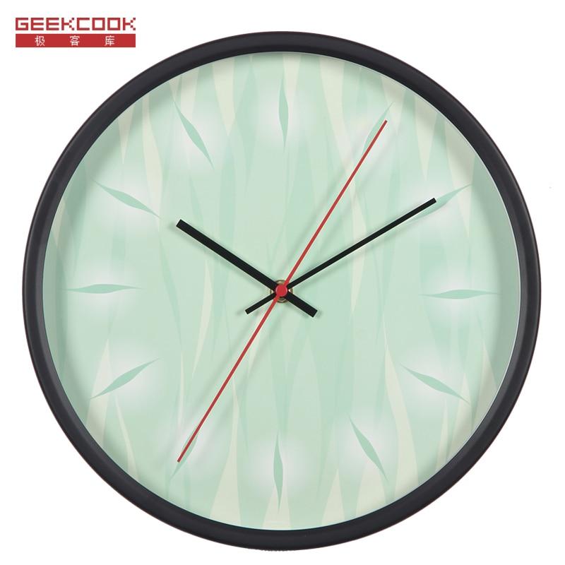 Fashion 12 Inch Design Metal Frame Modern Fashion Round Wall Clock