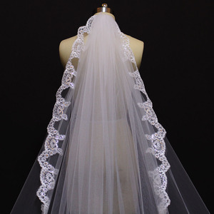 Image 5 - Nieuwe Laag 4 Meter Bling Pailletten Lace Edge Luxe Lange Bruiloft Sluiers Met Kam Hoge Kwaliteit Wit Ivoor Bridal sluier