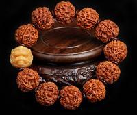 charming Six petals flap Vajra Bodhi Beads Bracelet