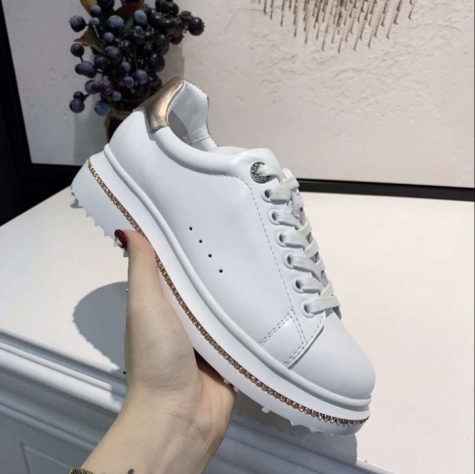 New arrival 2019 spring and autumn women shoes genuine leather round toe crystal flat causal shoes