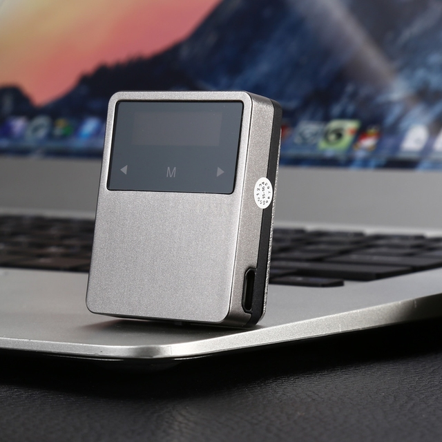 ONN X1 Mini Bolsillo MP3 Bluetooth 4.2 Conexión Clip Trasero Función E-book FM Record Podómetro