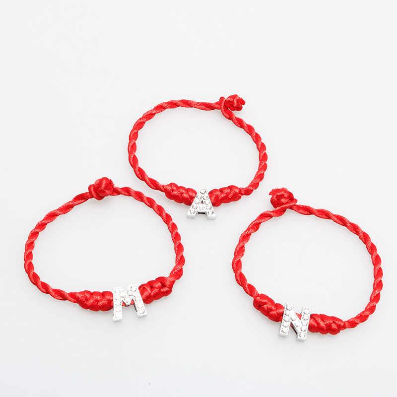 ISINYEEแฟชั่นคริสตัลตัวอักษรภาษาอังกฤษT-Zตัวอักษรเสน่ห์กำไลสตริงสีแดงสำหรับผู้หญิงที่ทำด้วยมือเชือกเครื่องประดับของขวัญคริสต์มาส