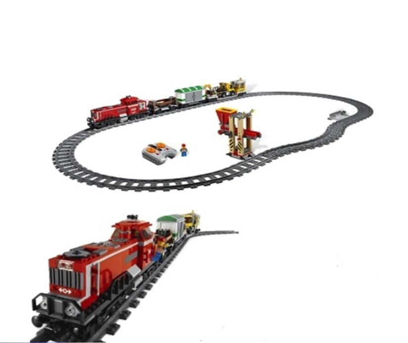 02039 898pcs City Red Cargo Train Building Brick Blocks RC Train Model educational Toys for children
