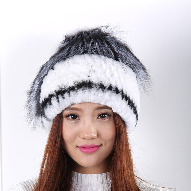Women Winter flowers woven fur hat warm fashion wild wool hat Black and white and gray Fashion and generous fur pompom Hat  New