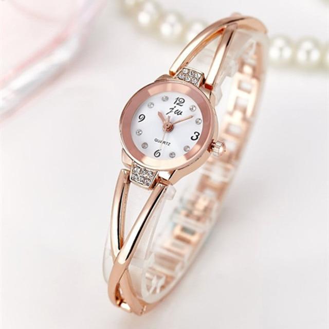 Новый Мода 2017 Роскошные Часы Для женщин Нержавеющаясталь кварцевые часы браслет женская одежда Часы золотые часы relogios