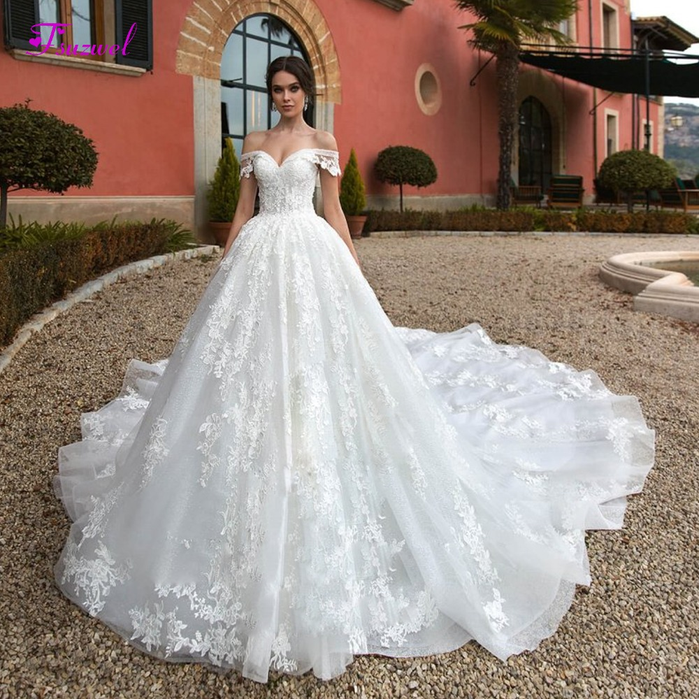 Fsuzwel Sexy Boat Neck Lace Up Royal Train A-Line Wedding Dress 2020 Luxury Beaded Appliques Princess Bride Gown Robe De Mariage