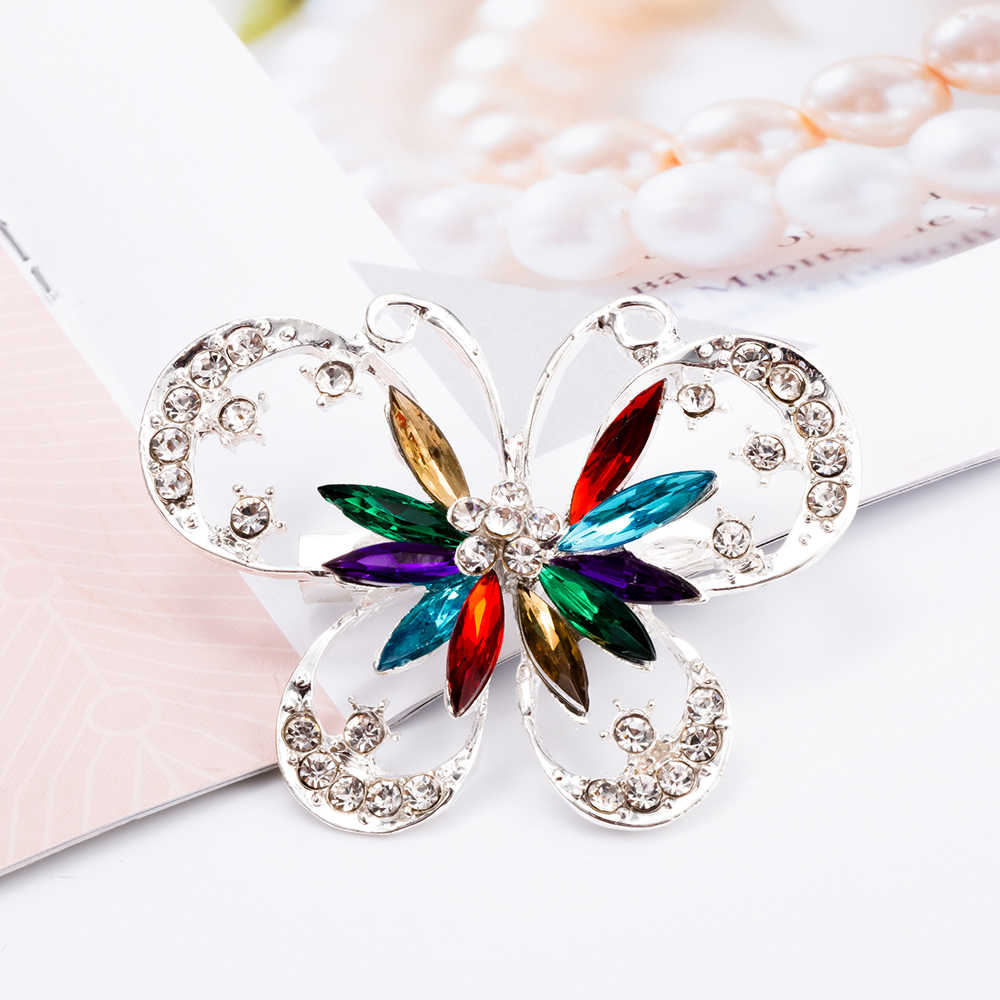 Multicolore Elegante Delle Donne Della Farfalla Spilla Classico Spille Sciarpa Spille Da Sposa Monili di Cerimonia Nuziale Adorabile Accessori Di Cristallo