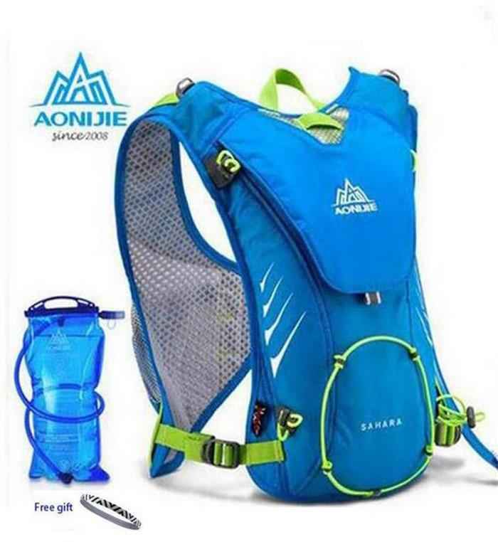 Prix pour Aonijie hommes femmes sports de plein air de course léger 8l sac à dos marathon cyclisme randonnée sac avec + 1.5l hydratation sac d'eau