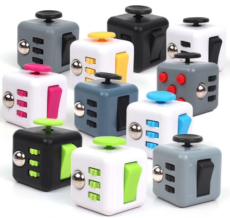 2017 Magic Fidget Cube a vinyl desk toy New Fidget Cube anti irritability toy magic cobe Funny Christmas gift stock