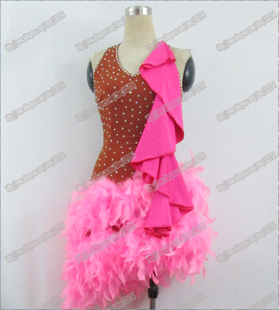 Latīņu deja, valša Tango deja Kleita, vistas spalva Jauna, konkurētspējīga latīņu kleita kristāla akmeņi chacha, salsas deja, balles kleita