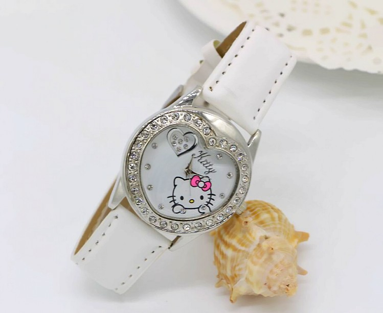 2015 new women children Hello Kitty leather belt drill heart shape ladies watch, best gift for girls 1pcs/lot new 1pieces lot pvc qq mini shape shifting robot car monster machines furnishing articles children s gift