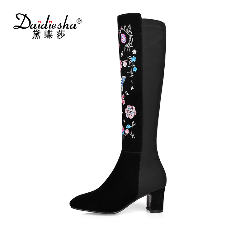 Daidiesha Knee high boots embroidery Genuine+ PU leather women boots in winter Square high heels boots Sexy pointed toe Shoes 2018 new vintage mid calf women boots square thick high heels pointed toe martin boots genuine leather winter shoes for women