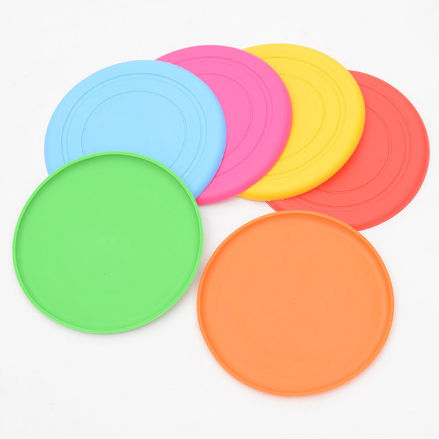 1pcs Funny Silicone Flying Saucer Dog Cat Toy Dog Game Flying Discs Resistant Chew Puppy Training Interactive Pet Supplies6