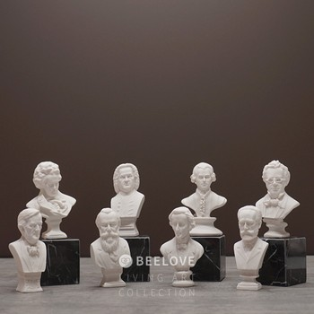 8Pcs/set Bach Mozart Tchaikovsky Beethoven Chopin Statue Art Resin Craft Bust Mini Musician Figurine Home Decoration R405