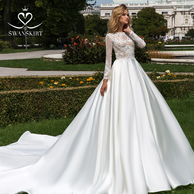 Swanskirt Delicate O-Neck Long Sleeve A-line Wedding Dresses 2019 Elegant Soft Satin Princess Bridal Gown Vestido De Noiva F175