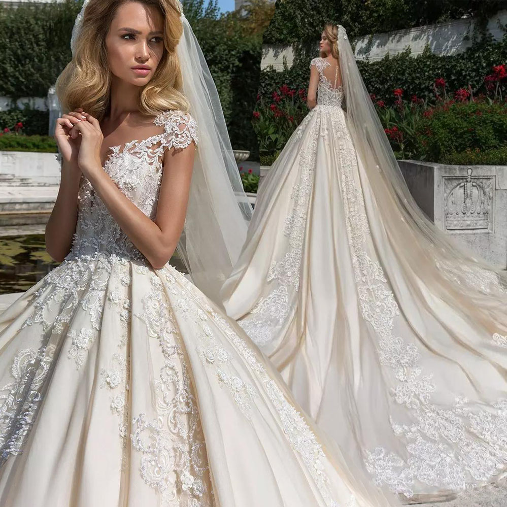 Arabic Dubai Ball Gown Wedding Dress 2018 Short Sleeves 1 M Cathedral Train Vestido De Noiva Nude Tulle Wedding Bridal Gowns