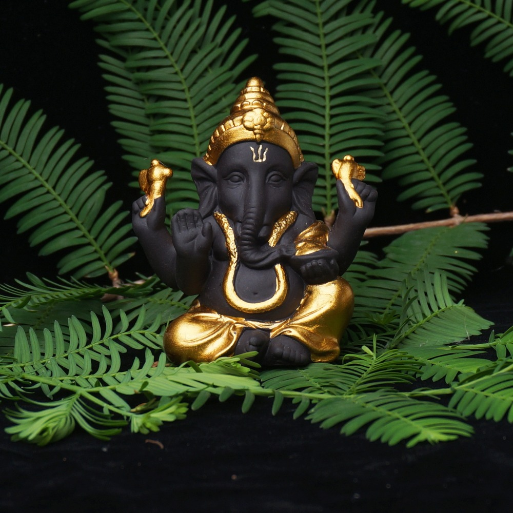 The Hindu God Ganesh – What Makes This God Unique?