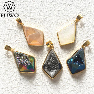 FUWO модный Радужный наконечник стрелы Друза Ограненный Соединитель с золотой рамкой обрезанный для изготовления ювелирных изделий PD243