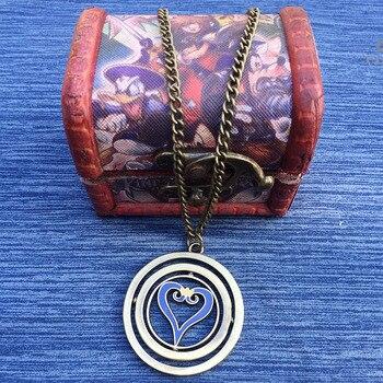 Кулон Kingdom Hearts в деревянной коробочке