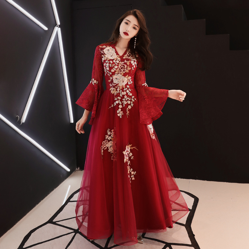 Chinese Style Red Bridesmaid Wedding Dress Sexy Flower Evening Dresses Slim Cheongsam Celebrity Bodycon Qipao Gown Streetwear