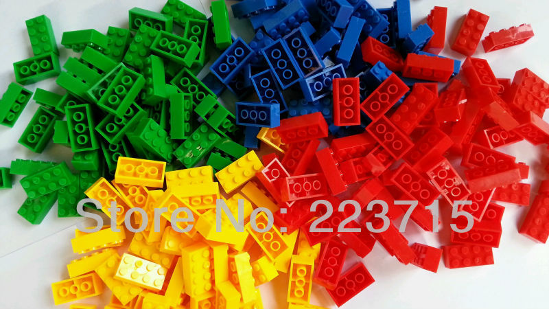 *4 colors bricks  Pack* 1pack= 200 pcs DIY enlighten block bricks,Compatible With Assembles Particles free shipping happy farm set 1 diy enlighten block bricks compatible with other assembles particles