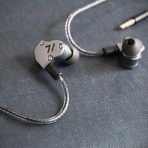 Image 5 - RevoNext QT2 לשלושה נהג באוזן HIFI להסרה Wired אוזניות סטריאו אוזניות עם דינמי ומאוזן אבזור היברידי נהג
