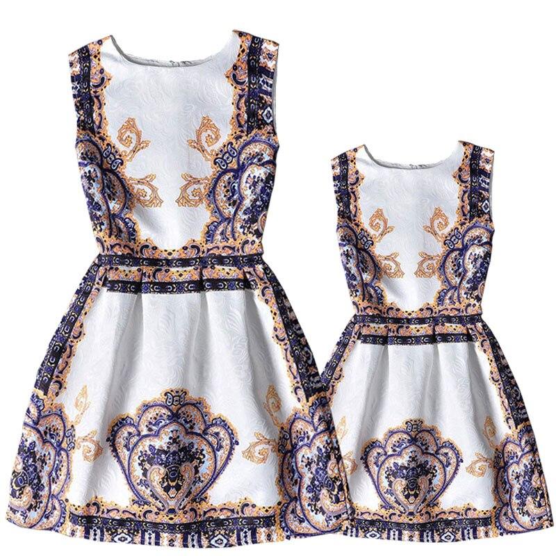 2018 European style girls&women costume fashion print family clothing for daughter&mother summer sleeveless family dresses girls