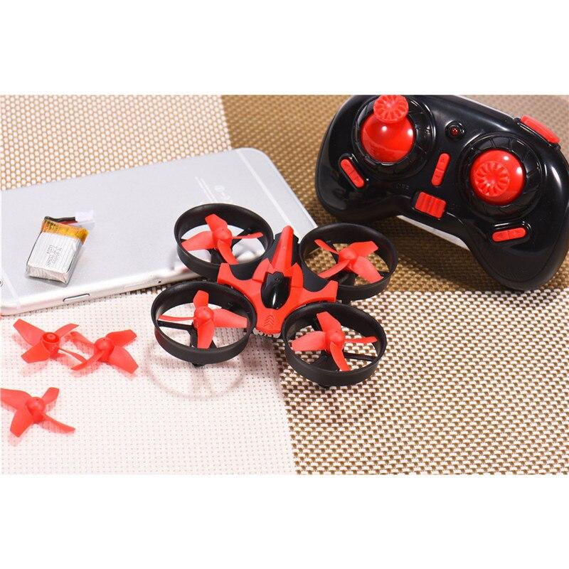 Eachine E010 Mini 2.4G 4CH 6 Axes 3D Sans Tête Mode Mémoire fonction RC Quadcopter RTF RC Minuscule Enfant Jouets Présent Nouvelle Arrivée