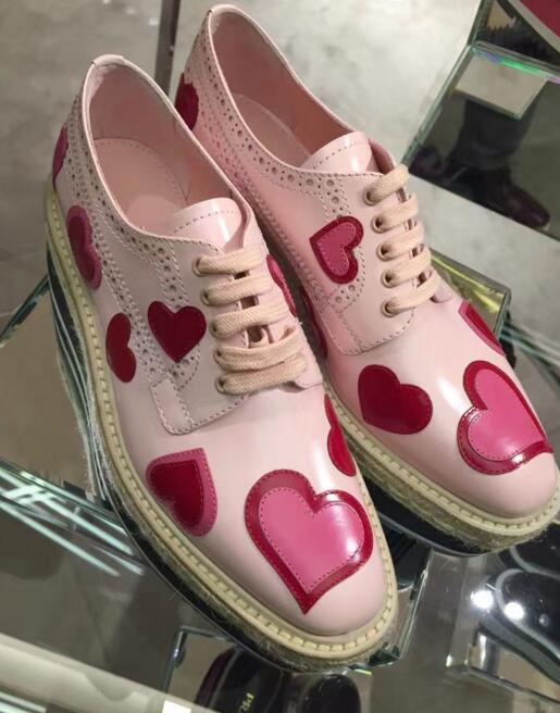 ФОТО 2017 new fashion flat platform square toe rope braided lace-up causal shoes love heart decorations leather shoes