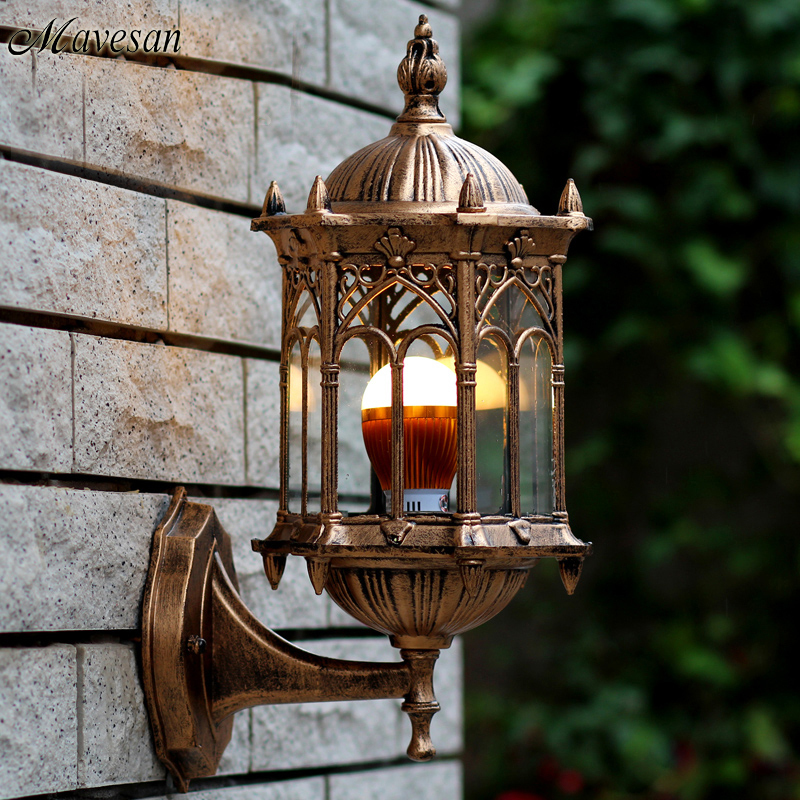 ФОТО Livex Lighting 2151-02 Monterey 1 Light Outdoor Polished Brass Finish Solid Brass Wall Lantern with Clear Beveled Glass