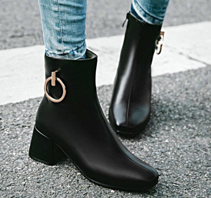 bcd6a3ac6474e Cheville D hiver Hauts Mujer Zapatos G61181 Martin Pompes white Chaussures  Mariage Femmes Mode Bottes De Talons Dames Chaussure Black Filles Femme  xqYd7rOx