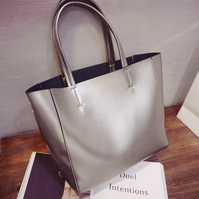 High quality canvas women handbag casual large capacity bag hot sell female tote Solid Shoulder Bag 2017 fashion canvas women handbag hot sell female tote bolsas trapeze ruched solid shoulder bag casual large capacity tassel bag