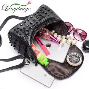 Image 5 - Mode Vrouwen Messenger Bags Zwart Klinknagel Lederen Schoudertas Sac A Main Crossbody Tassen Voor Vrouwen Designer Handtassen