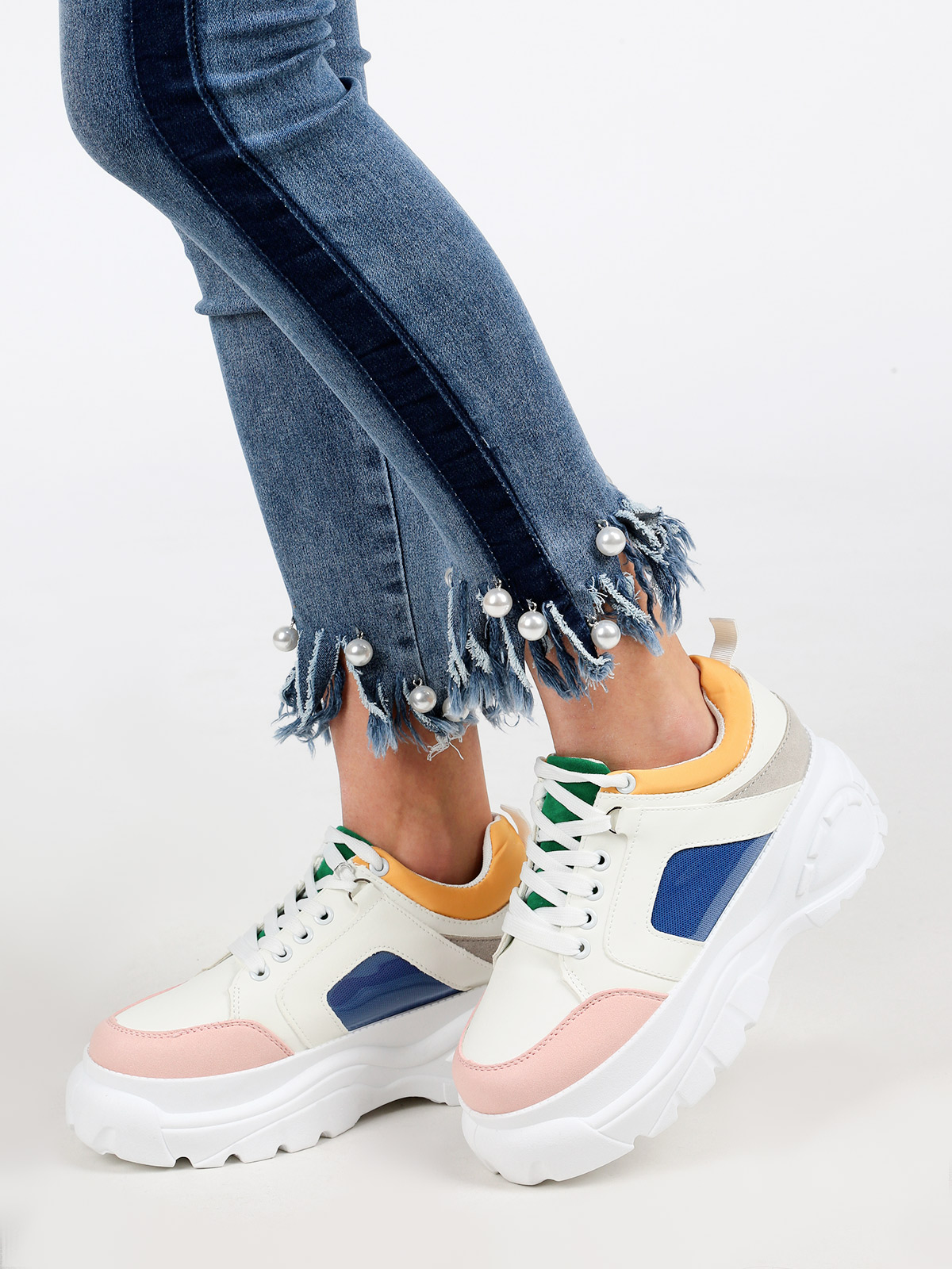 Sneakers With High Sole