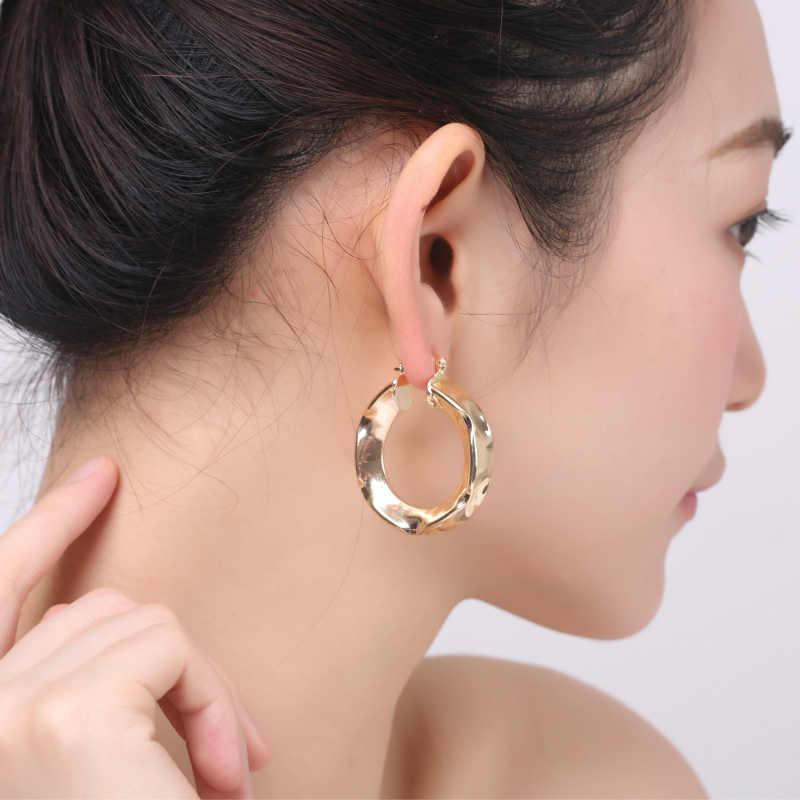 แฟชั่นการออกแบบพิเศษเรขาคณิตรอบ Hoop ต่างหูสำหรับผู้หญิง ZK50 Gold สี 35 มม.