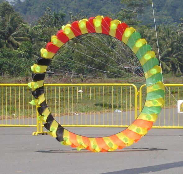 O envio gratuito de alta qualidade 3 m pipa pipas asa linda rainbow taís para presente laranja anel brinquedo do pássaro pipa pipa ao ar livre surf