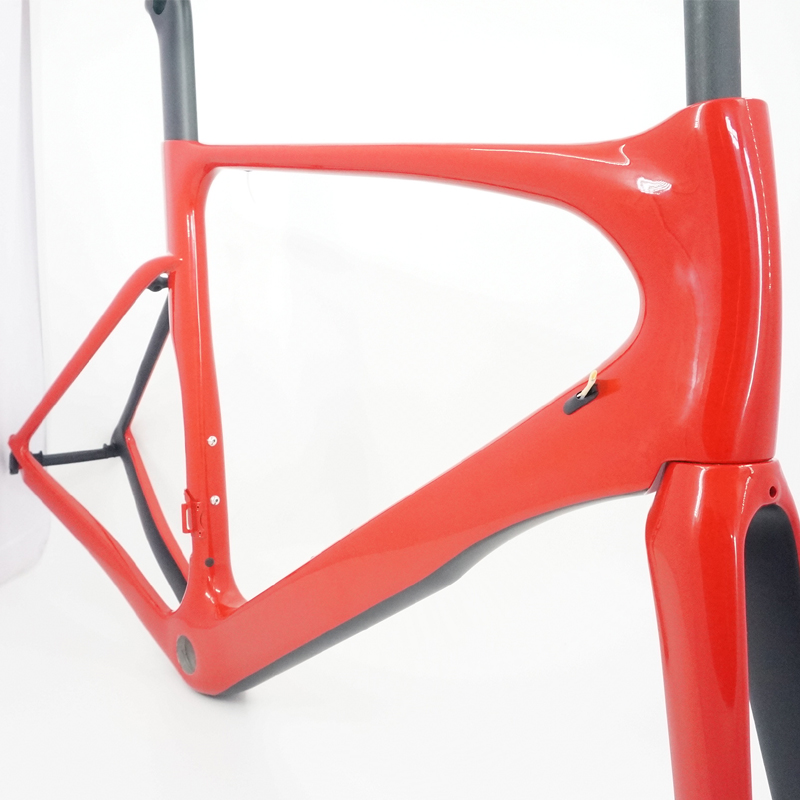 glossy finish carbon road frame aero seat post with di2 compatible available size 49cm 52cm 54cm 56cm 58cm