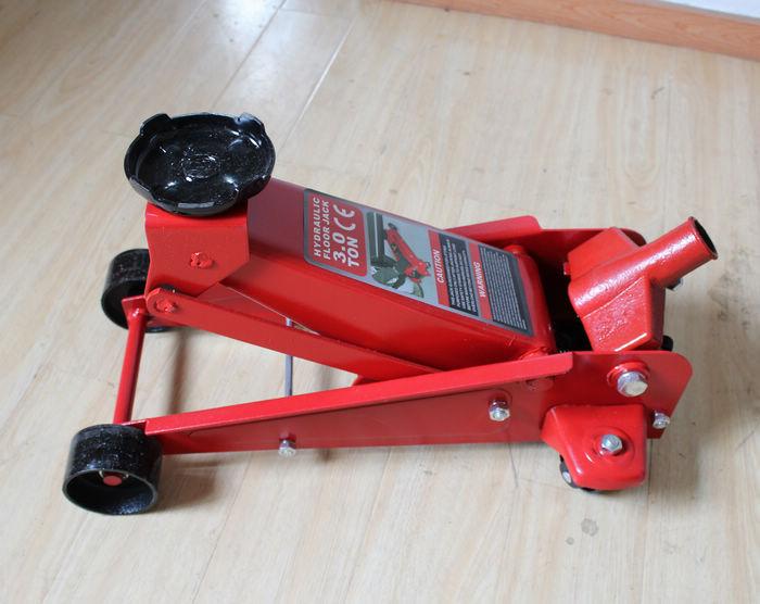 Amazing High Quality 3T Light Duty Hydraulic Garage Jack ,floor Jacks