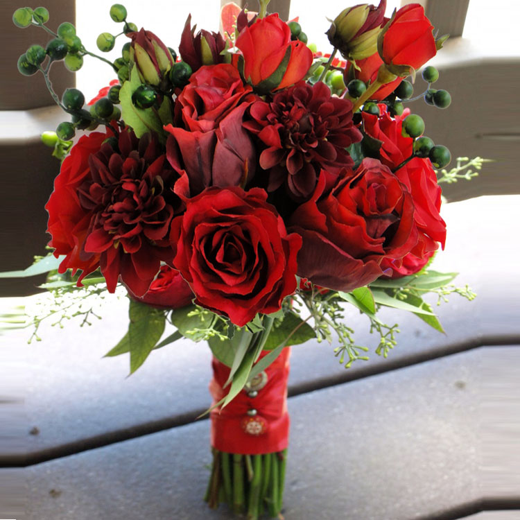 Handmade Artificial Flowers Wedding Supplies Bride Bridesmaid Bouquet Bridal Hand Holding Bouquets High Quality Red Rose Flower