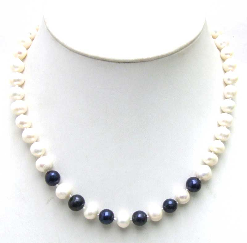SALE 6-7mm White Natural Freshwater Pearl with 6 pieces Black PEARL 17 Necklace -5902 Wholesale/retail Free ship