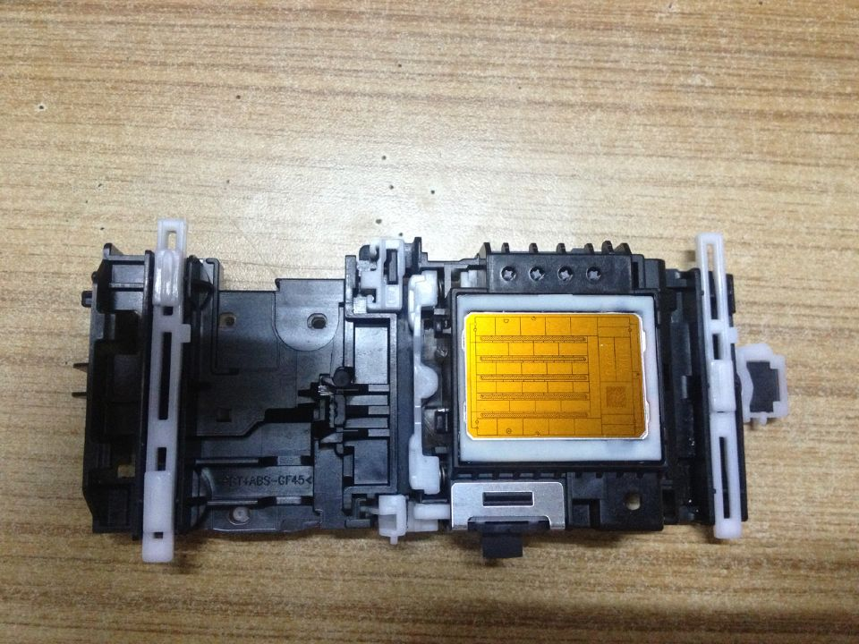 Refurbished Printhead Print head for Brother MFC-5890CN MFC-5895CW MFC-6490CW MFC-6890CDW 5890 6490 6890 5895 LK3197001 4 color print head 990a4 printhead for brother dcp350c dcp385c dcp585cw mfc 5490 255 495 795 490 290 250 790 printer head