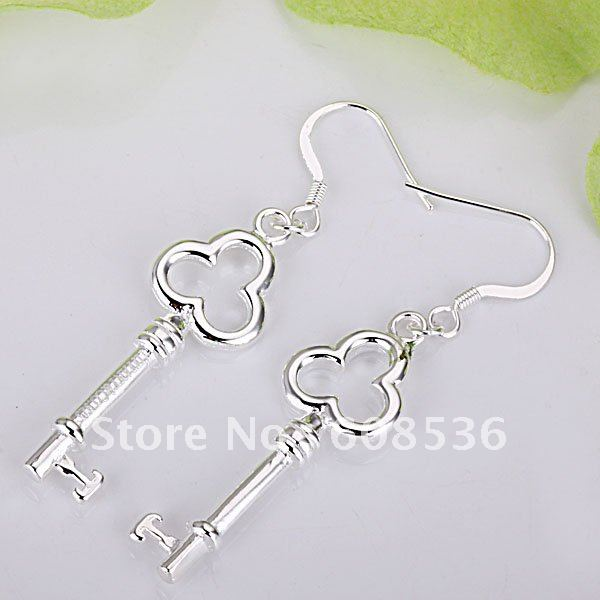 fashion jewelry,Silver plated earring,  Brand New E25