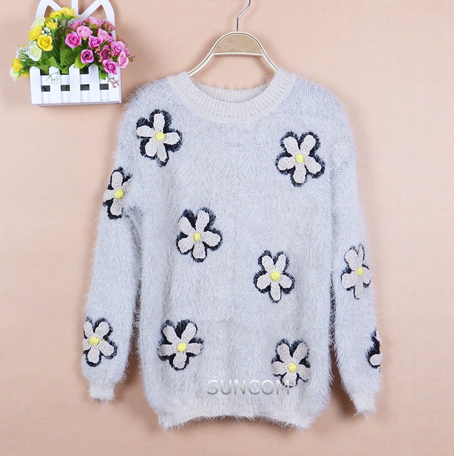 New Arrival Winter Hand Knitted Flowers Long Sleeve Women Sweater