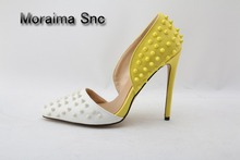 цены Moraima Snc Mixed Color White Yellow Studded High Heel Pumps Pointed Toe Cut-out Women Dress Shoes Spiked Chaussure Femme Talon