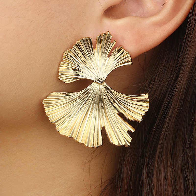 2018 Gold Color Vintage Exaggerated Big Metal Flower Statement Earring Women Irregular Ginkgo Leaves Brincos Fashion Jewelry
