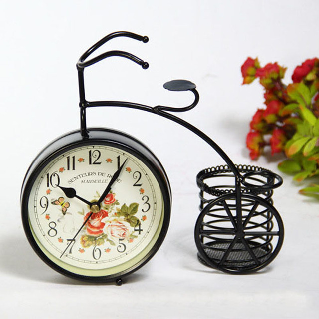 Past Metal Desktop Clock Vintage Pen Holder Table Clocks Decorative Relogio De Parede Kids Gift Desk