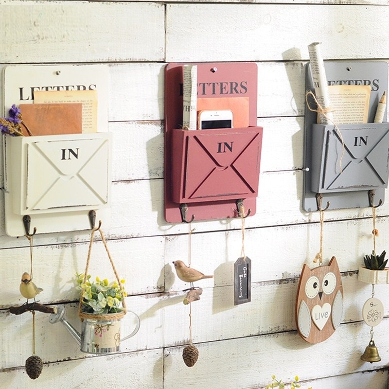 Creative High Quality Keys Hanging Hooks Envelope Sundries Storage Box Retro Rangement Shelf Wood Boxes Vintage Home Decoration