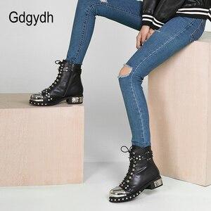 Image 4 - Gdgydh/пикантные женские ботильоны с заклепками; Женская обувь из натуральной кожи на не сужающемся книзу массивном каблуке со шнуровкой; Обувь на платформе в стиле готического панк; Сезон весна; Большие размеры