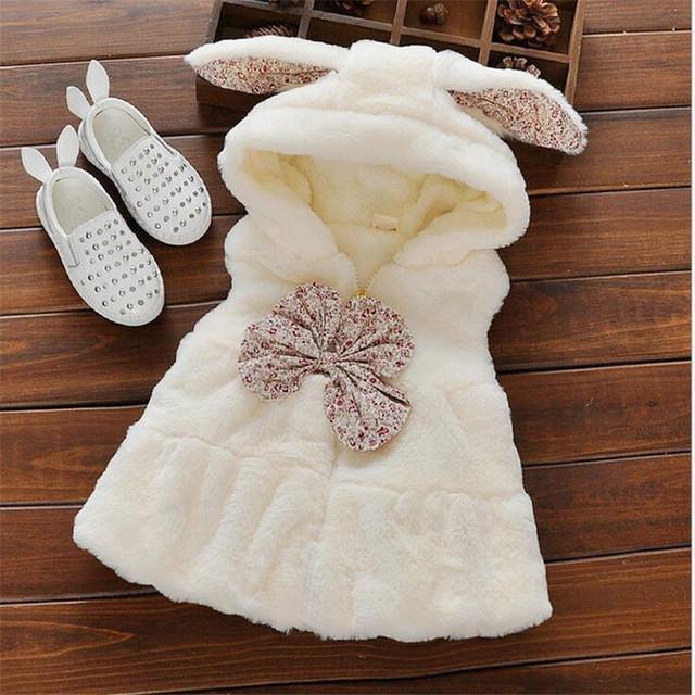 2016 nova moda bebê menina colete de pele falso infantil super macio e confortável do bebê da roupa do bebê para o inverno quente bowknot casacos