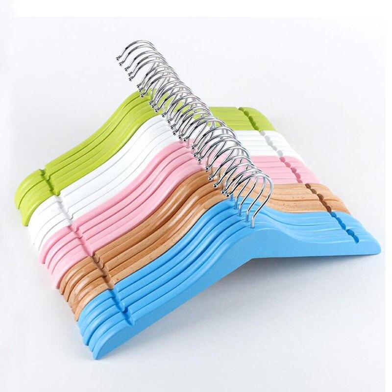 20 Pcs/Lot cintre enfants en bois coloré avec encoches en U pour robe chemise, couleur bonbon rose bleu petit cintre-in Cintres et rails from Maison & Animalerie    1